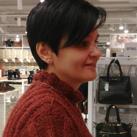 Emese, 53 éves társkereső nő - Dunaharaszti
