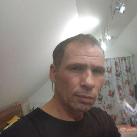 Péter , 49 éves társkereső férfi - Győr