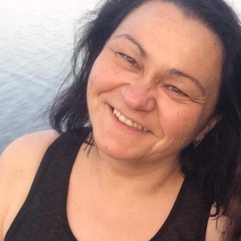 Anna, 47 éves társkereső nő - Gyöngyöshalász