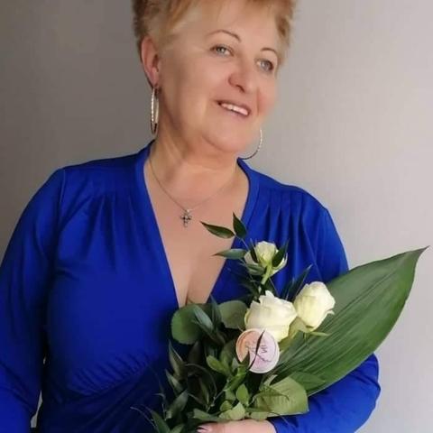 Kornélia, 53 éves társkereső nő - Győr
