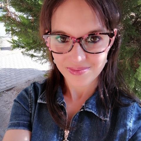 Mónika, 37 éves társkereső nő - Tatabánya