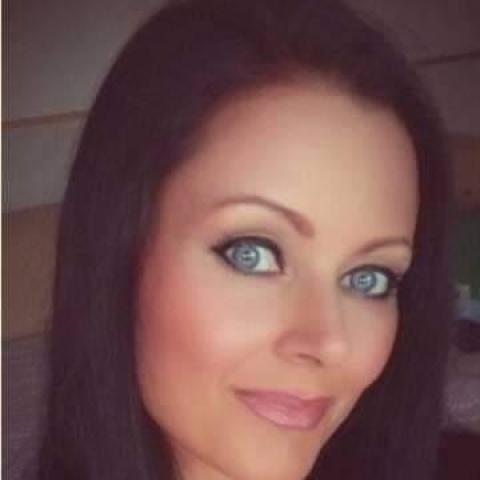 Gabriella, 42 éves társkereső nő - Szeged