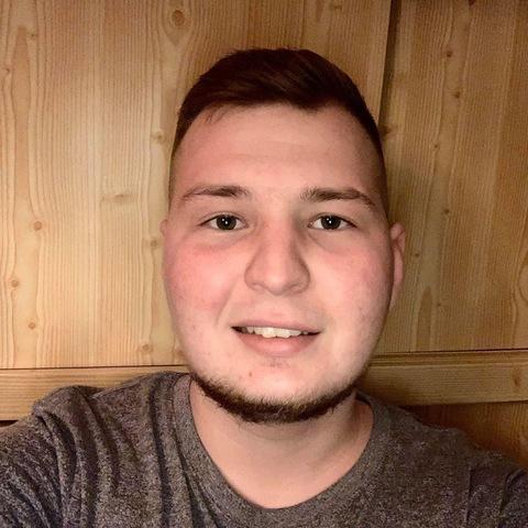 Milán, 24 éves társkereső férfi - Bélapátfalva