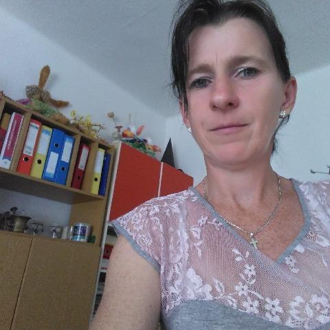 Magdi, 43 éves társkereső nő - Kertészsziget