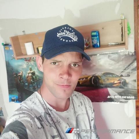 Norbi, 27 éves társkereső férfi - Érd