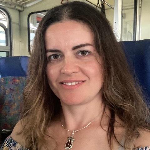 Szilvia, 42 éves társkereső nő - Székesfehérvár