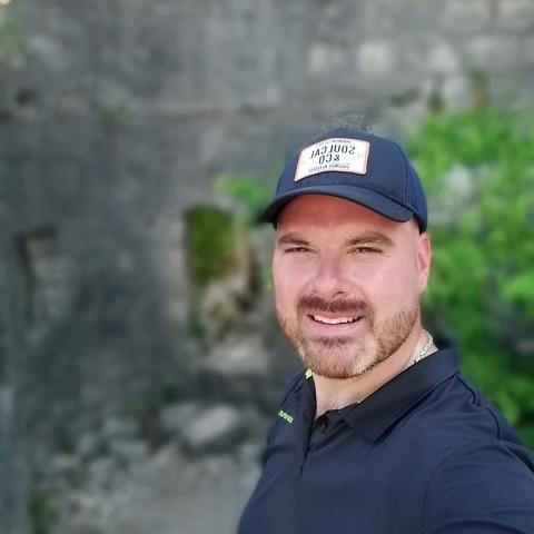 Peti, 37 éves társkereső férfi - Budapest