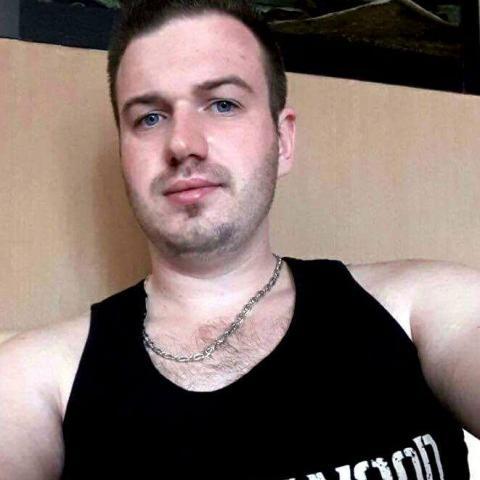 Károly, 26 éves társkereső férfi - Tolna