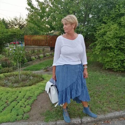 Ilona, 60 éves társkereső nő - Pécs