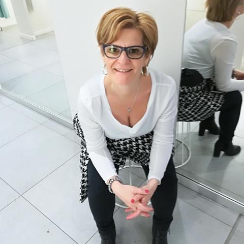 Ildikó, 46 éves társkereső nő - Keszthely
