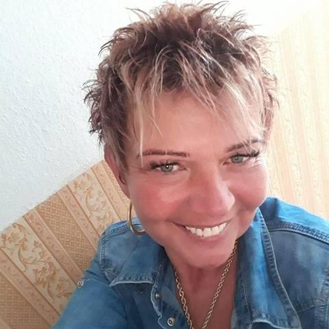 Angéla, 51 éves társkereső nő - Nyíregyháza