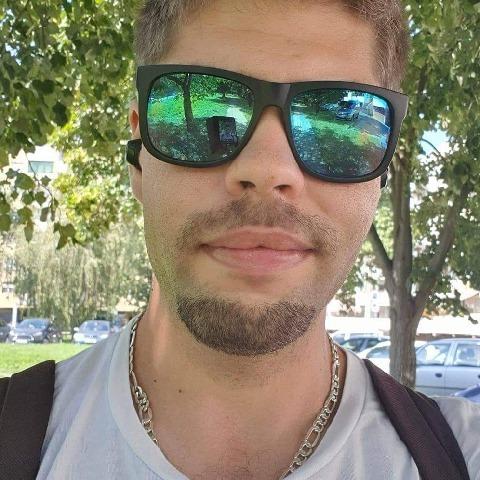 Péter, 27 éves társkereső férfi - Zalaegerszeg