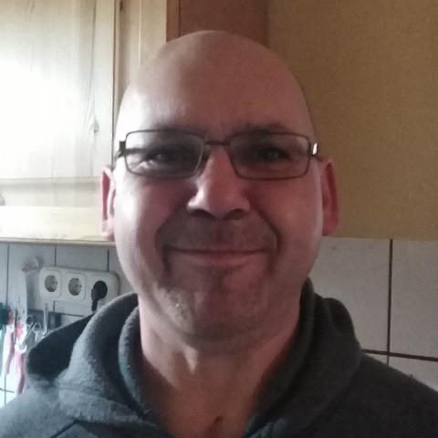 Bálint, 41 éves társkereső férfi - Sárosd