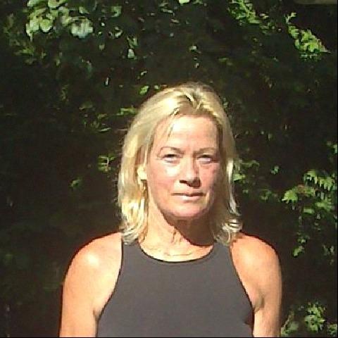 Lilla, 63 éves társkereső nő - Szeged