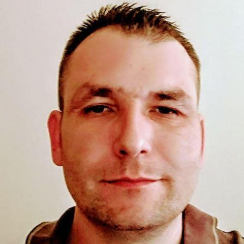 Zsolt, 45 éves társkereső férfi - Kölcse