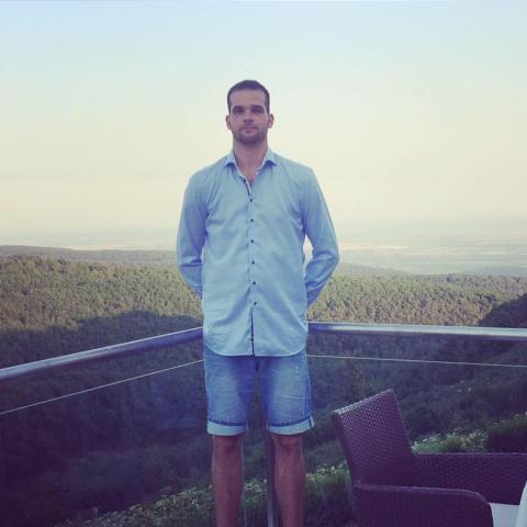 Gábor, 27 éves társkereső férfi - Budapest