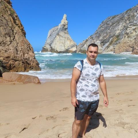 Tamás, 31 éves társkereső férfi - Tét