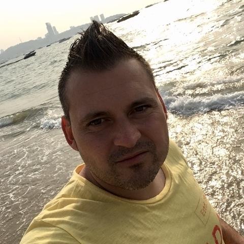 Ákos , 32 éves társkereső férfi - Magyarbánhegyes