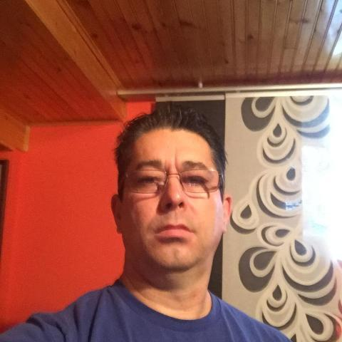 Jozsef, 51 éves társkereső férfi - Toronto