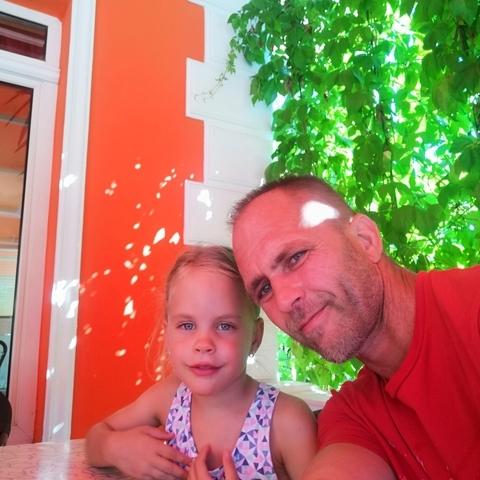 Gábor, 45 éves társkereső férfi - Dunaújváros