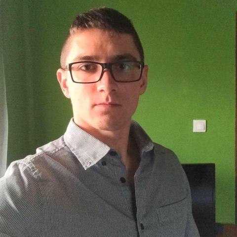 Zoli, 25 éves társkereső férfi - Monoszló