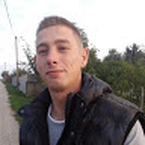 János, 28 éves társkereső férfi - Alcsútdoboz
