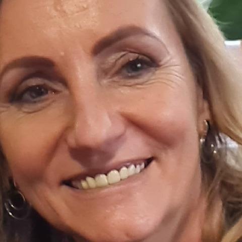 Krisztina, 50 éves társkereső nő - Salgótarján