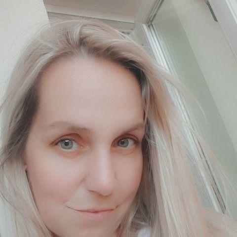 Dóri, 31 éves társkereső nő - Budapest