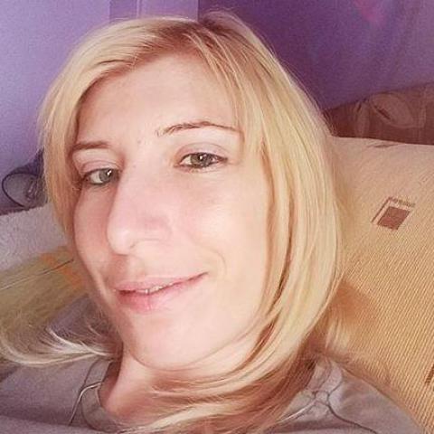 Timea, 30 éves társkereső nő - Veszprém