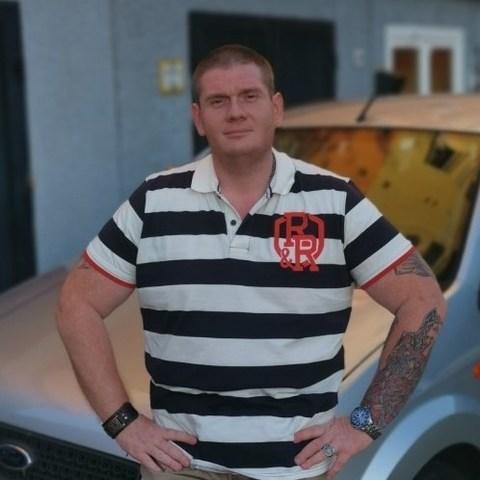 Karcsi, 35 éves társkereső férfi - Győr