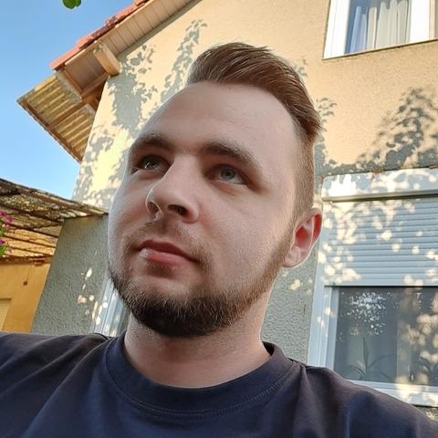 Dominik, 23 éves társkereső férfi - Carei