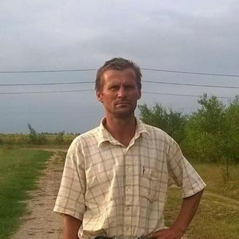 Csaba, 37 éves társkereső férfi - Okány