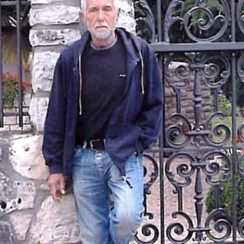 Gábor, 82 éves társkereső férfi - Debrecen