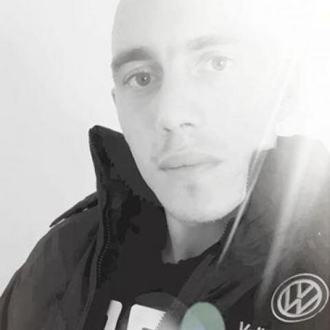 Dániel, 27 éves társkereső férfi - Lenti