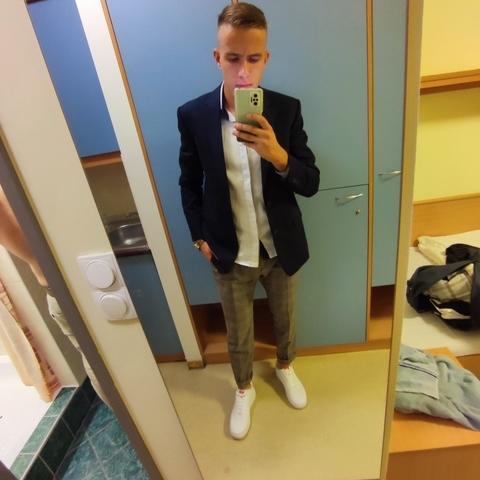 Tamás, 19 éves társkereső férfi - Zalaegerszeg