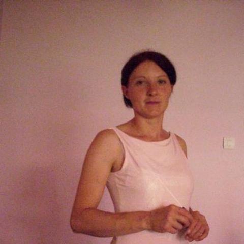 Viktória, 37 éves társkereső nő - Pincehely