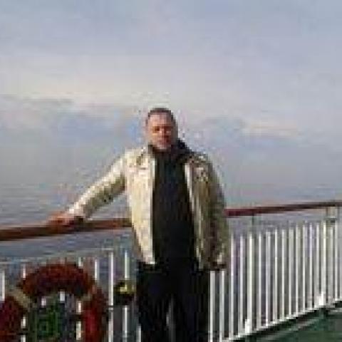 Miki, 47 éves társkereső férfi - Etyek
