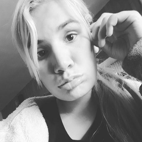 Monika, 21 éves társkereső nő - Szécsény