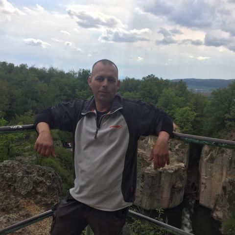 Gábor, 43 éves társkereső férfi - Nyíregyháza