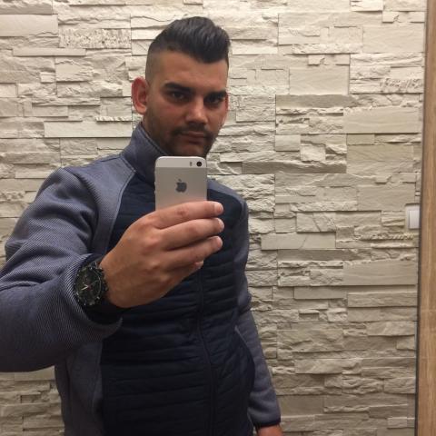 Attila, 25 éves társkereső férfi - Kazincbarcika