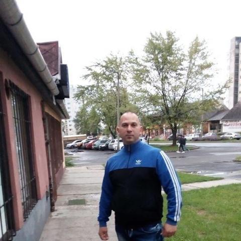 Gergő, 32 éves társkereső férfi - Kazincbarcika