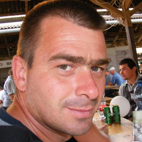 Kornél, 37 éves társkereső férfi - Miskolc