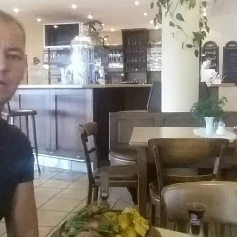 Csaba, 47 éves társkereső férfi - Nyíregyháza