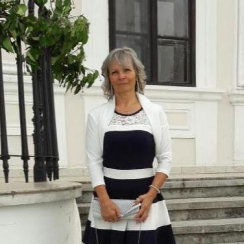 Magdolna, 59 éves társkereső nő - Petőfibánya