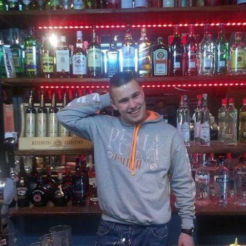János, 24 éves társkereső férfi - Zsadány