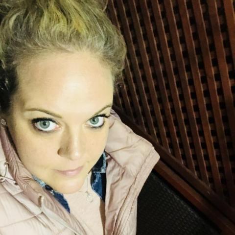 Enikõ, 33 éves társkereső nő - Szigetszentmiklós