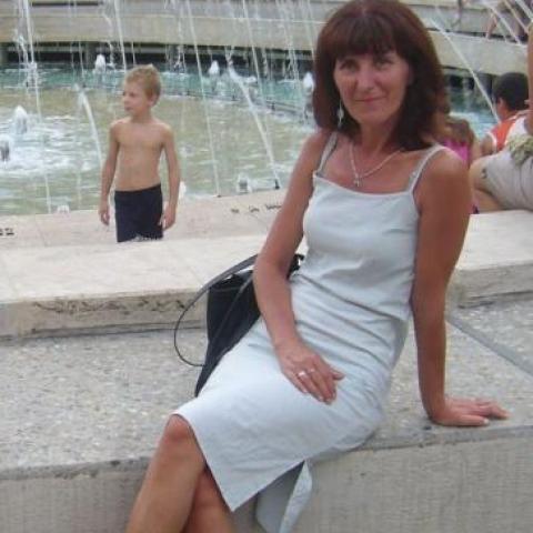 Ági, 54 éves társkereső nő - Veszprém