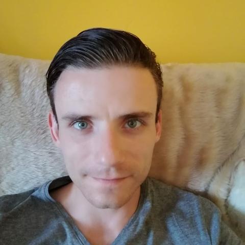 József, 28 éves társkereső férfi - Mór