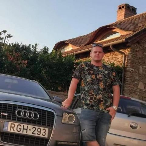 István, 27 éves társkereső férfi - Felsőzsolca