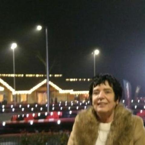 Katalin, 66 éves társkereső nő - Miskolc